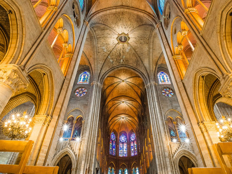 "Notre-Dame Cathedral - ""Un terrible incendie"""