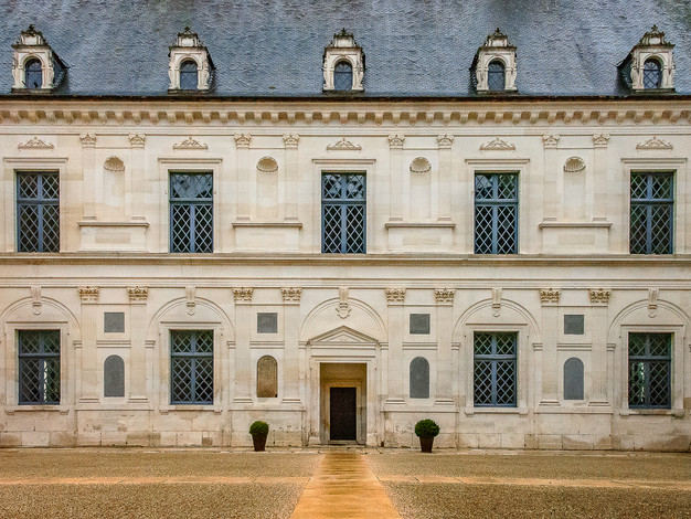Honor Courtyard, Chateau d'Ancy-le-Franc, Burgundy, France