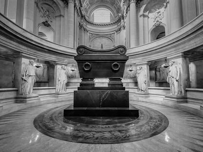 Tomb of Napoleon, Dome des Invalides, Pa