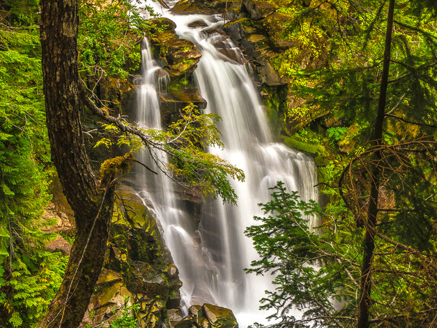 Carter Falls, Mount Rainier National Park, Washington