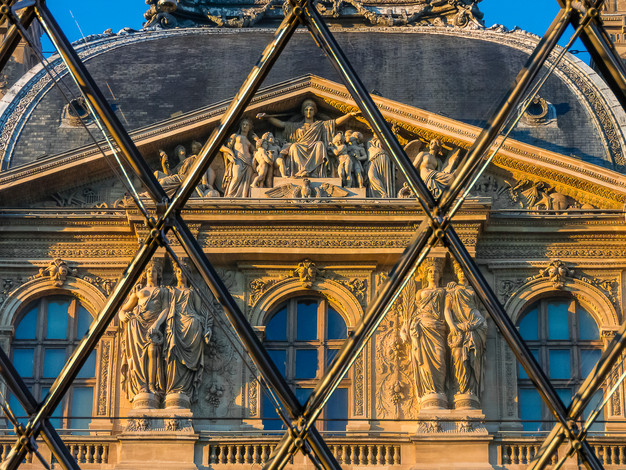 Facade of the Pavillon Richelieu, Musee du Louvre, Paris, France