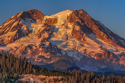 Sunset on Mount Rainier, Washington