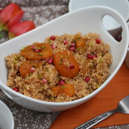 Fruchtiger Couscous mit Marillenkern Creme
