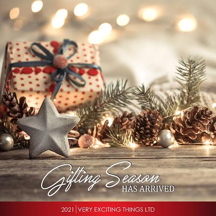 2021 Christmas cover-01.jpg