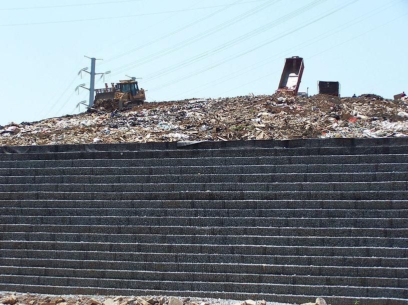 Donzi Landfill 004.JPG