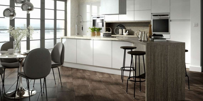 Chippendale Solo Gloss Light Grey Kitchen By Kuche & Bagno