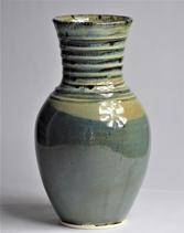 Vase with porcelain