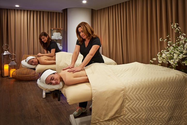 miagb_dermanova_spa-massage_couple.jpeg