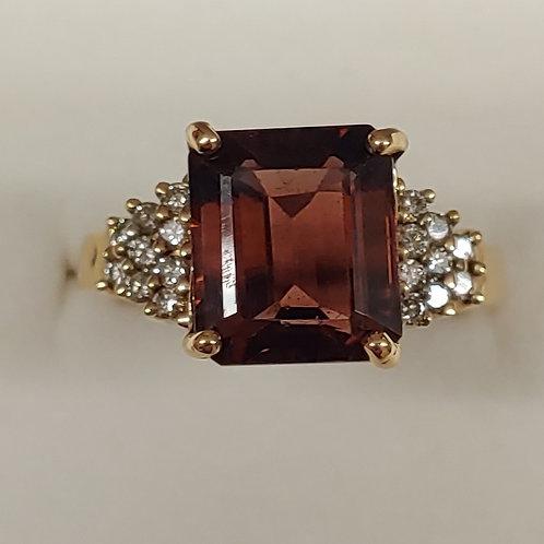 6.39 ct. Tourmaline & Diamond Ring 14K y/g