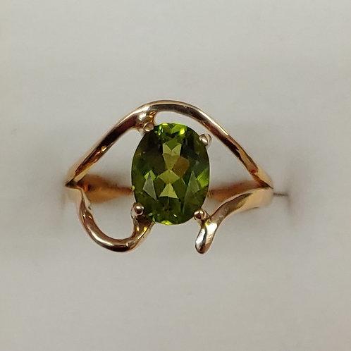 2 ct. Peridot Ring 14K y/g