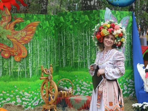Выставка цветов и плодов Металлургическом районе состоялась!