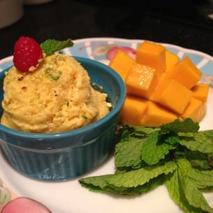 Homemade Mango Ice Cream