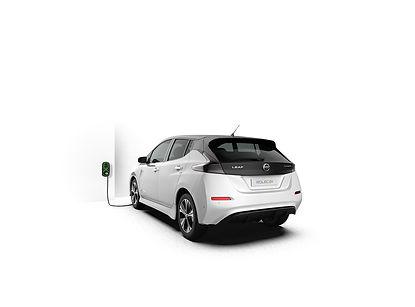 WallPod_EV_HomeSmart_Nissan-Leaf_01_flip