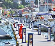Çeşme-Marina-Turkey.png