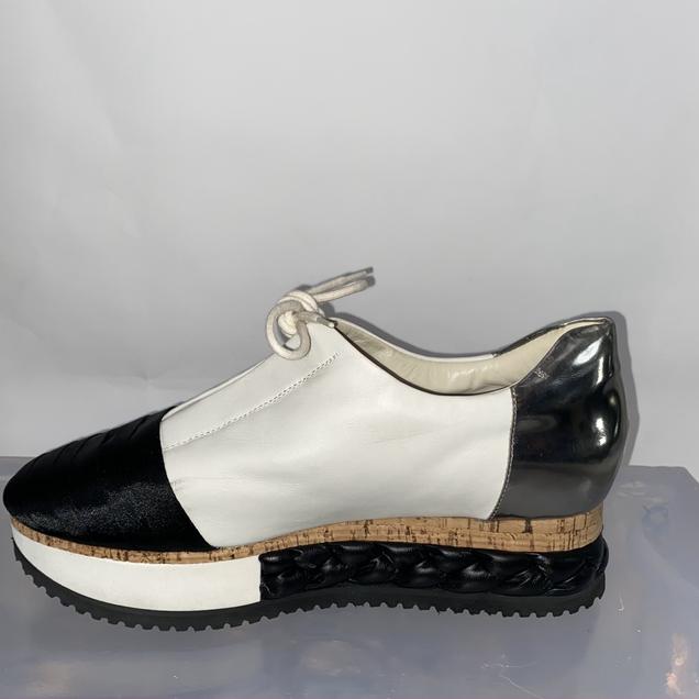 AGL Sneaker Gr. 41