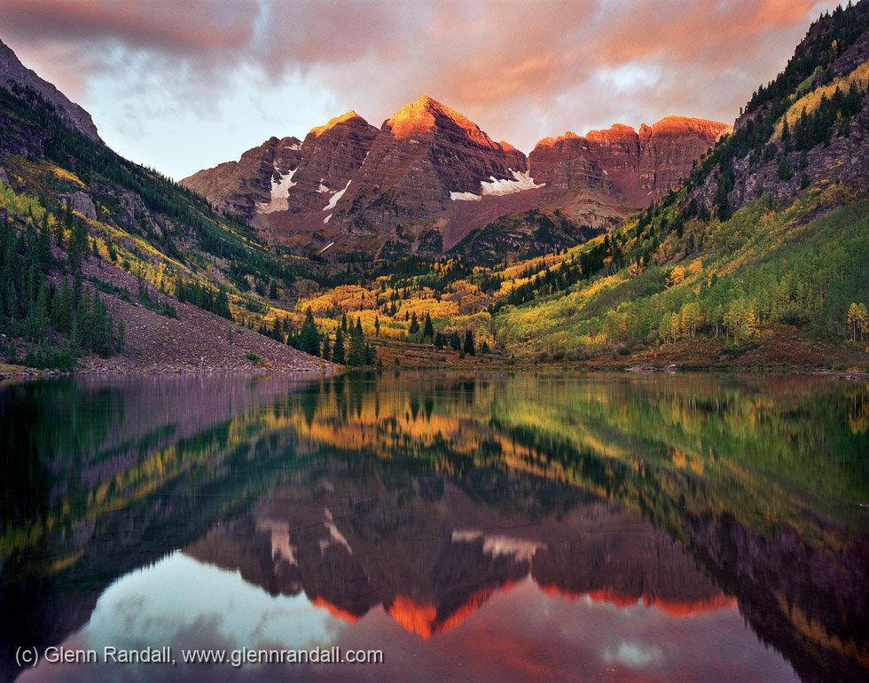 Maroon Bells at Sunrise, Maroon Bells-Snowmass Wilderness, Colorado