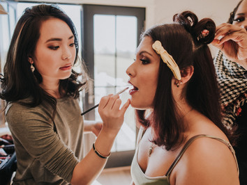 5 Things to Look for When Choosing a Makeup Artist