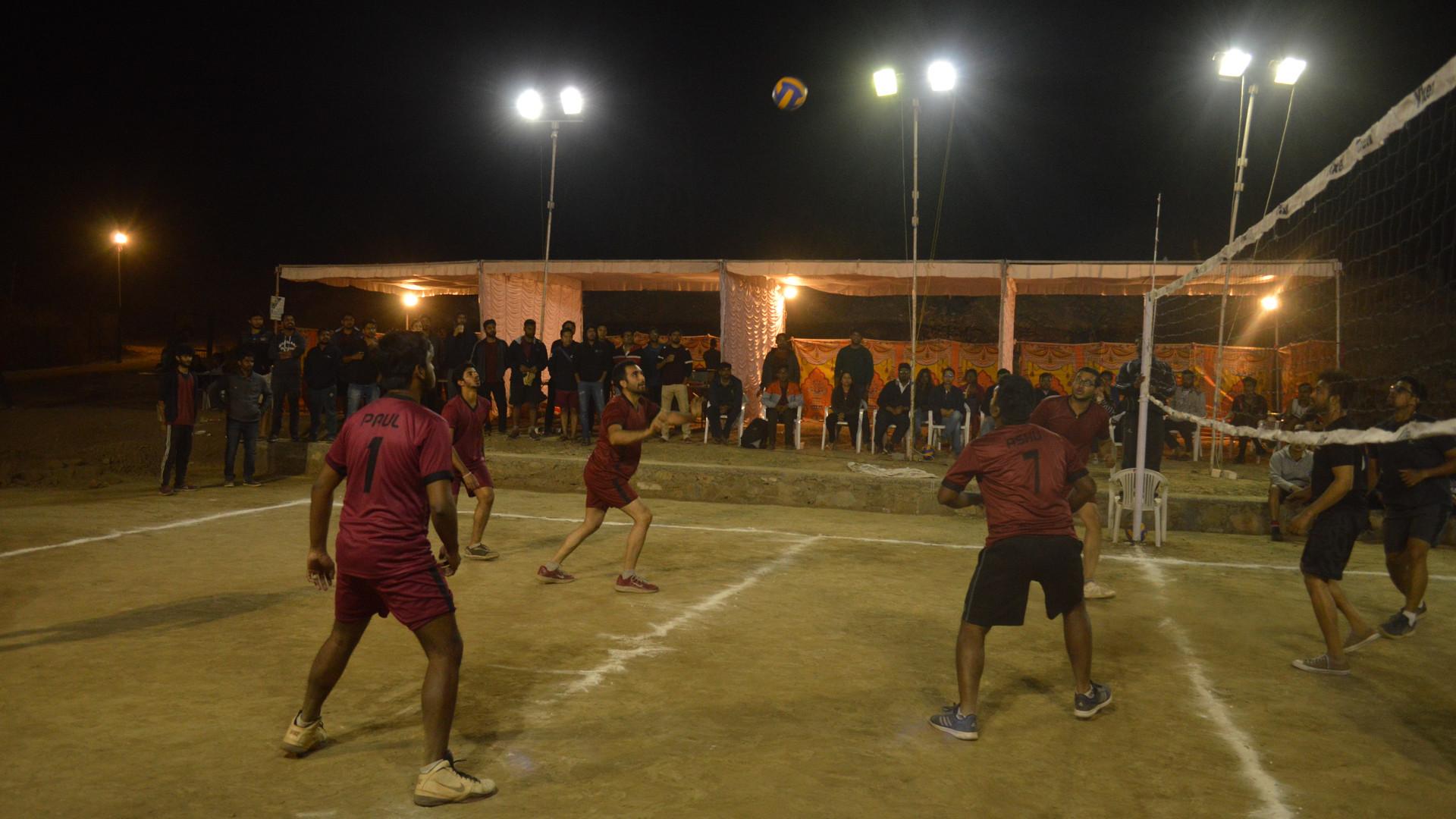 IIMU_Utkrisht_Volleyball2