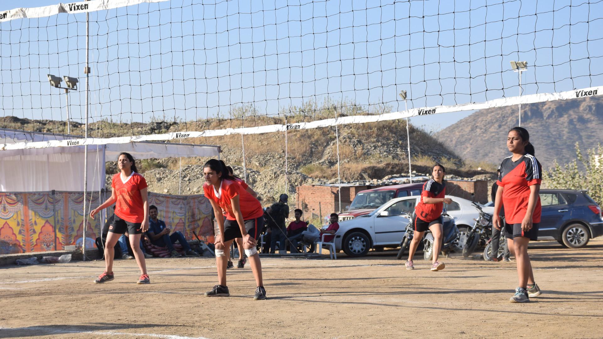 IIMU_UTKRISHT_Handball_girls_Match