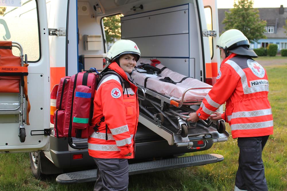 DRK Ortsverein Hünfelden im Einsatz. 4.350 Stunden ehrenamtliche Arbeit leisteten die freiwilligen Helfer in Hünfelden im Jahr 2016.