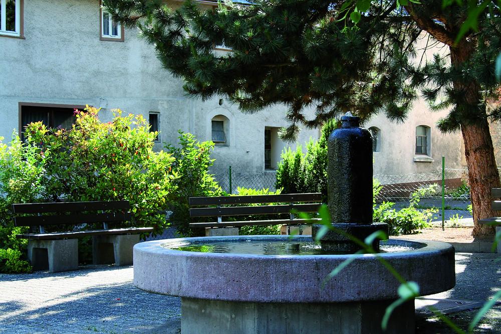 Marktplatz und Brunnen in Hünfelden-Dauborn