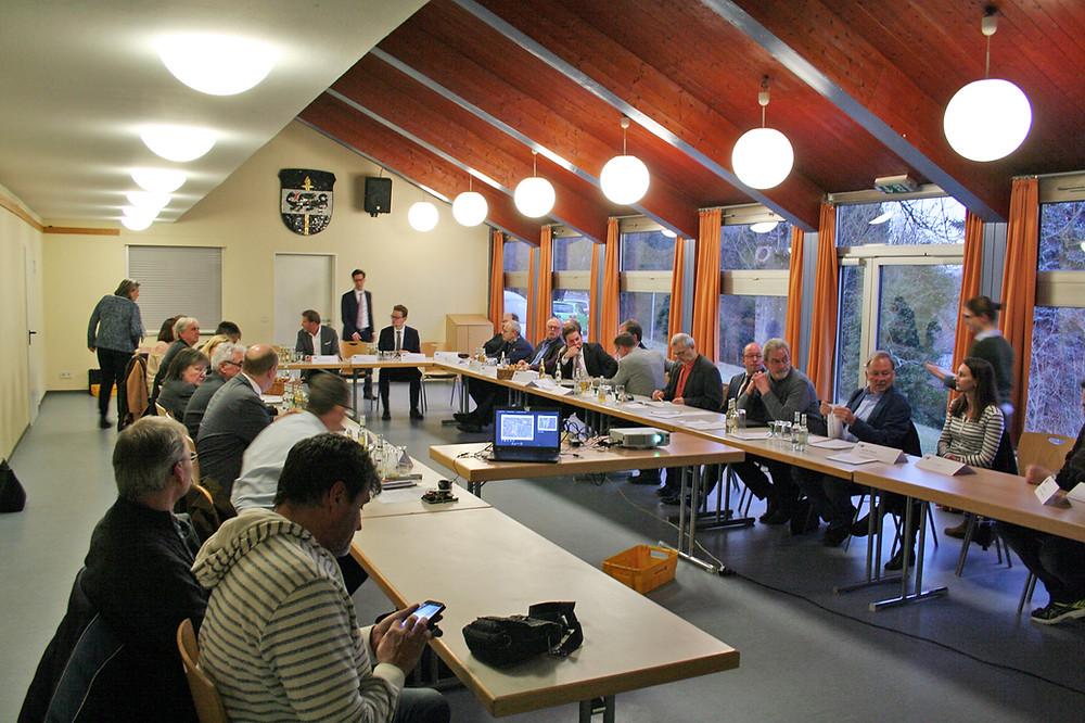 IHK Wiesbaden zu Gast beim Gewerbekreis Aarbergen e. V. mit einer Sitzung des Standortpolitischen Ausschusses zu Themen  rund um den Gewerbestandort Aarbergen