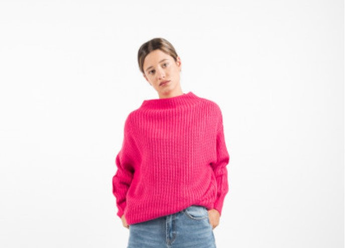LIA Knit Sweater in Pink or Black