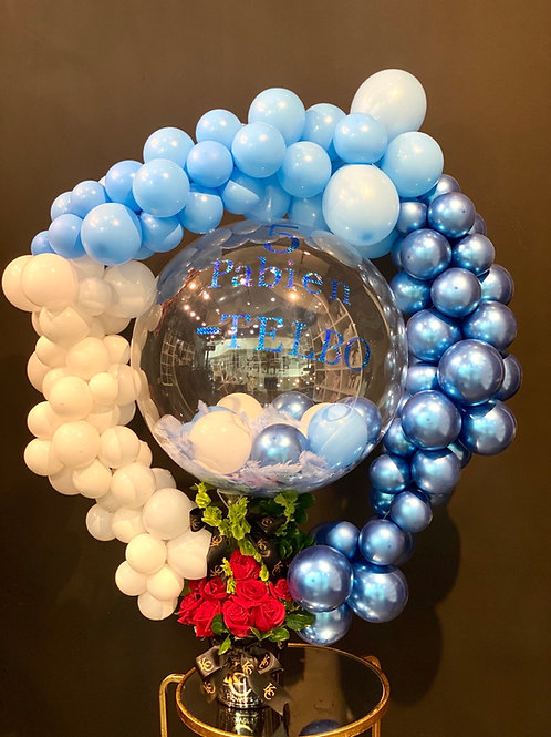Balloon Centerpiece with Flowers