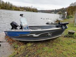 PF Boat 370