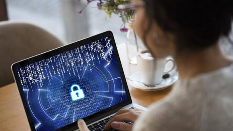 Por que é tão importante e como manter a segurança na internet?