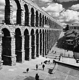 1-Segovia-768x510.jpg