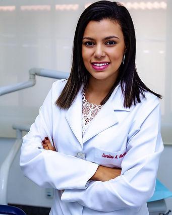 Dra Caroline Alves Martins.JPG