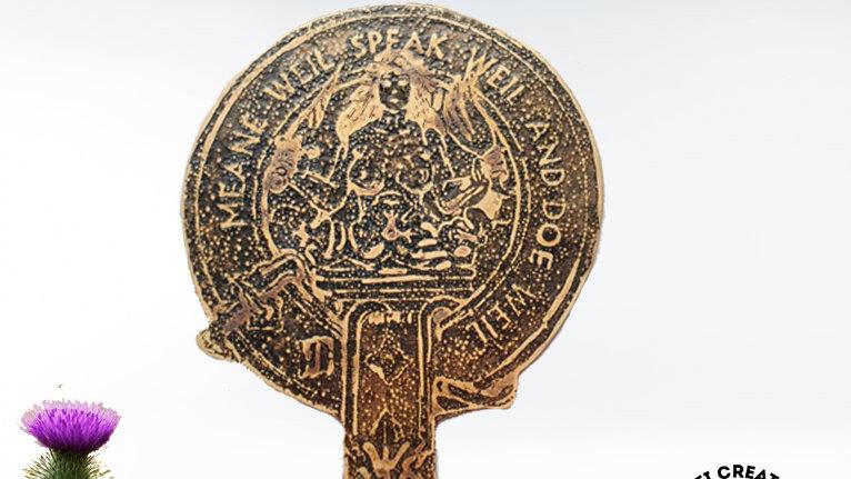 Clan Urquhart Badge