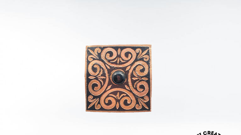 Celtic Brooch with Onyx
