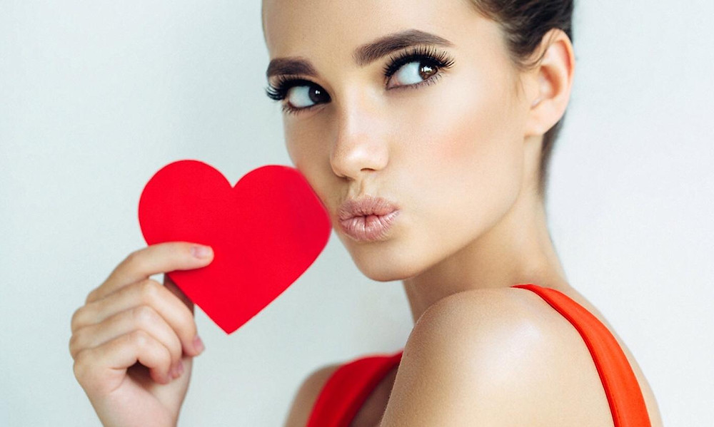 Valentines Day is nearly here! Gift packages available from FACE aesthetics & beauty...purchase your gift vouchers at the clinic...