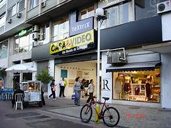 Lojas de Departamentos e Residências em Ambiente Urbano