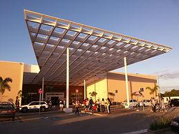 Lojas de Departamentos e Varejo em Shopping Centers