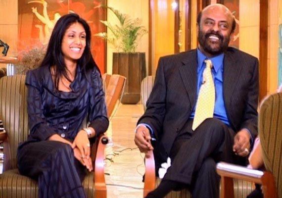 BazaarMoney : Roshni Nadar to succeed father Shiv Nadar