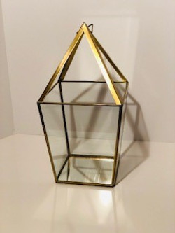 large gold pyramid lanterns