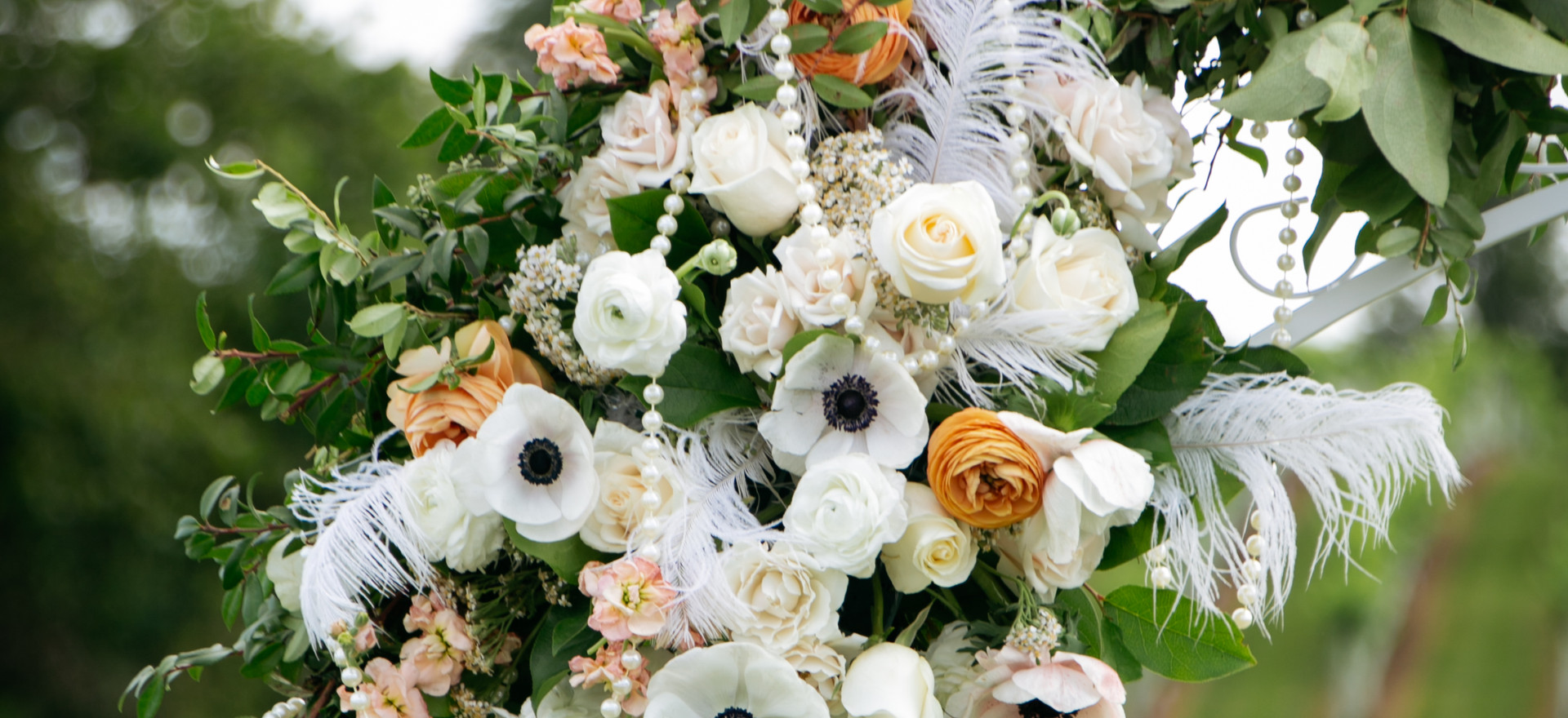 kelly ceremony flowers.jpg