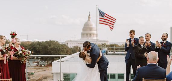 kaitlyn and kurt kiss.jpg