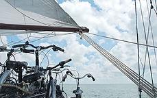 48619_fullimage_fietsen-op-het-dek_560x3