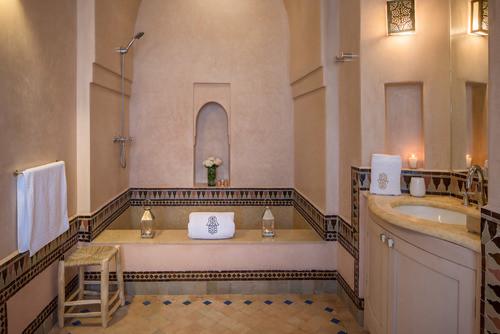 Villa+Magtafa+-+Bathroom.jpg