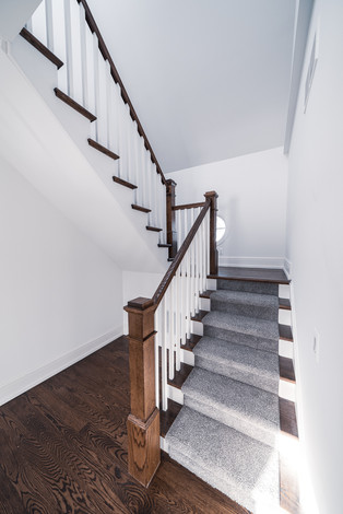 1071 - Back Staircase