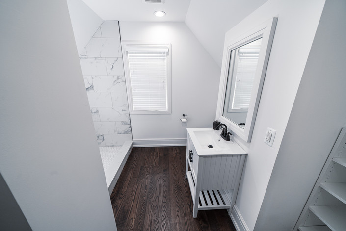 1071 - Bedroom 2 Bathroom