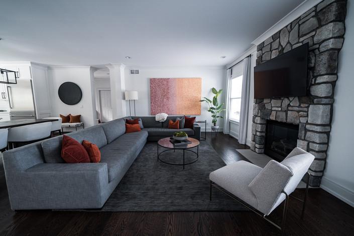 1071 - Living Room