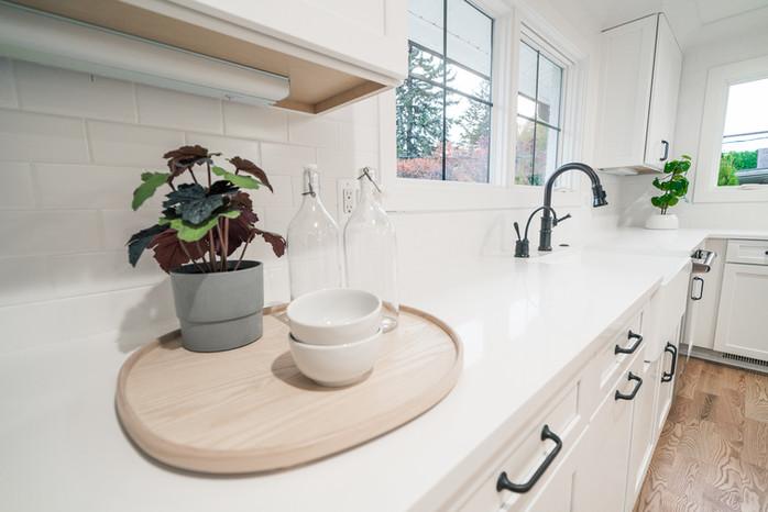26.Kitchen copy.jpg