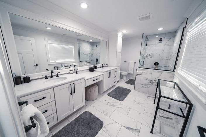1071 - Master Bathroom