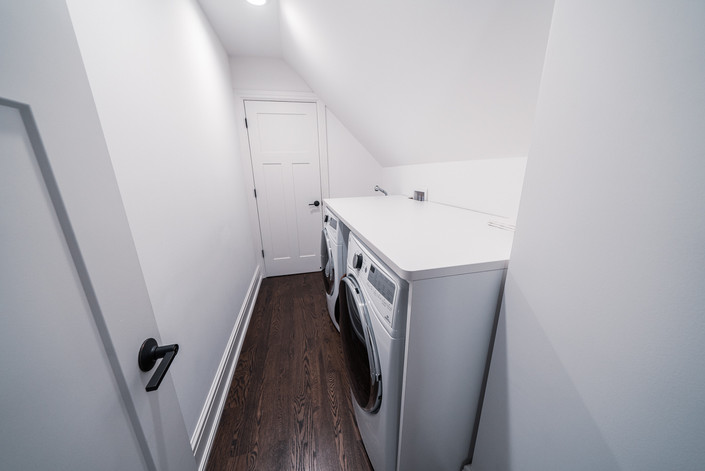 1071 - Second Floor Laundry