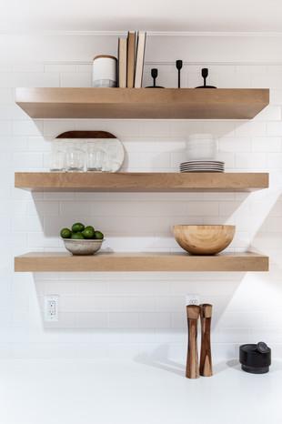 24.Kitchen copy.jpg